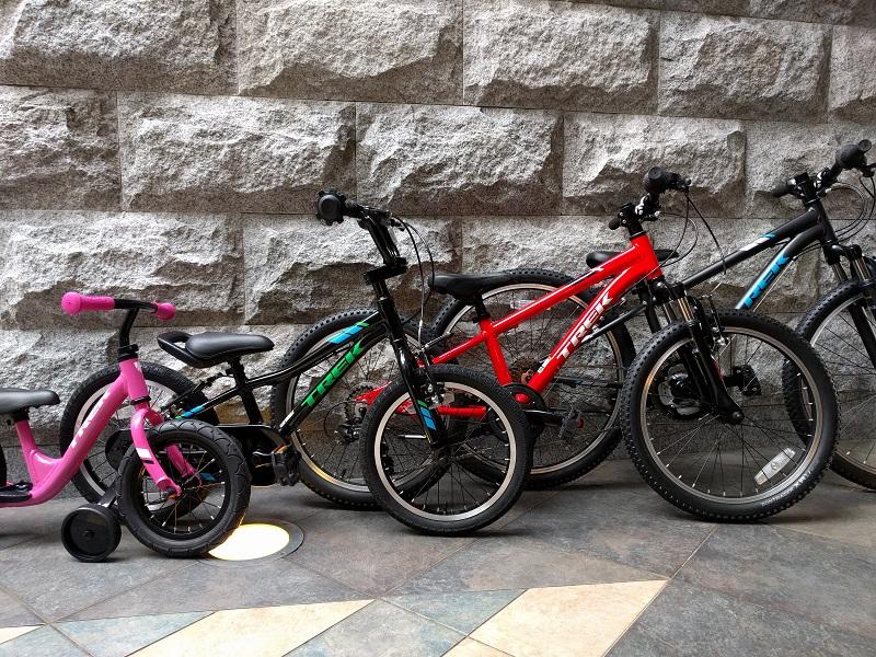 クリスマスにお子様へ自転車のプレゼントはいかがでしょうか?