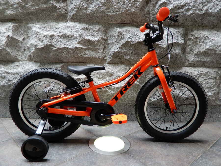 16、20、24インチ|TREK(トレック)の子供用自転車 2020モデル PRECALIBER(プリキャリバー) 販売開始【京都】