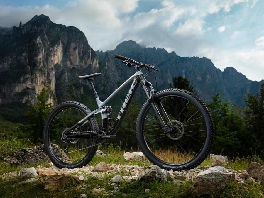 箕面で最適なMTB!お買い求めやすい価格のフルサスペンションマウンテンバイク|TREK FUEL EX5(トレック フューエルイーエックス5…