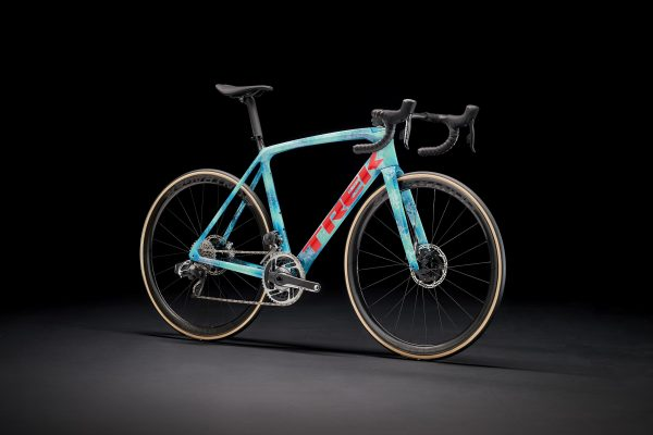 TREK  P-1 カスタムバイク|「プロジェクトワンのICONシリーズに新しいスキームが2色追加」!!